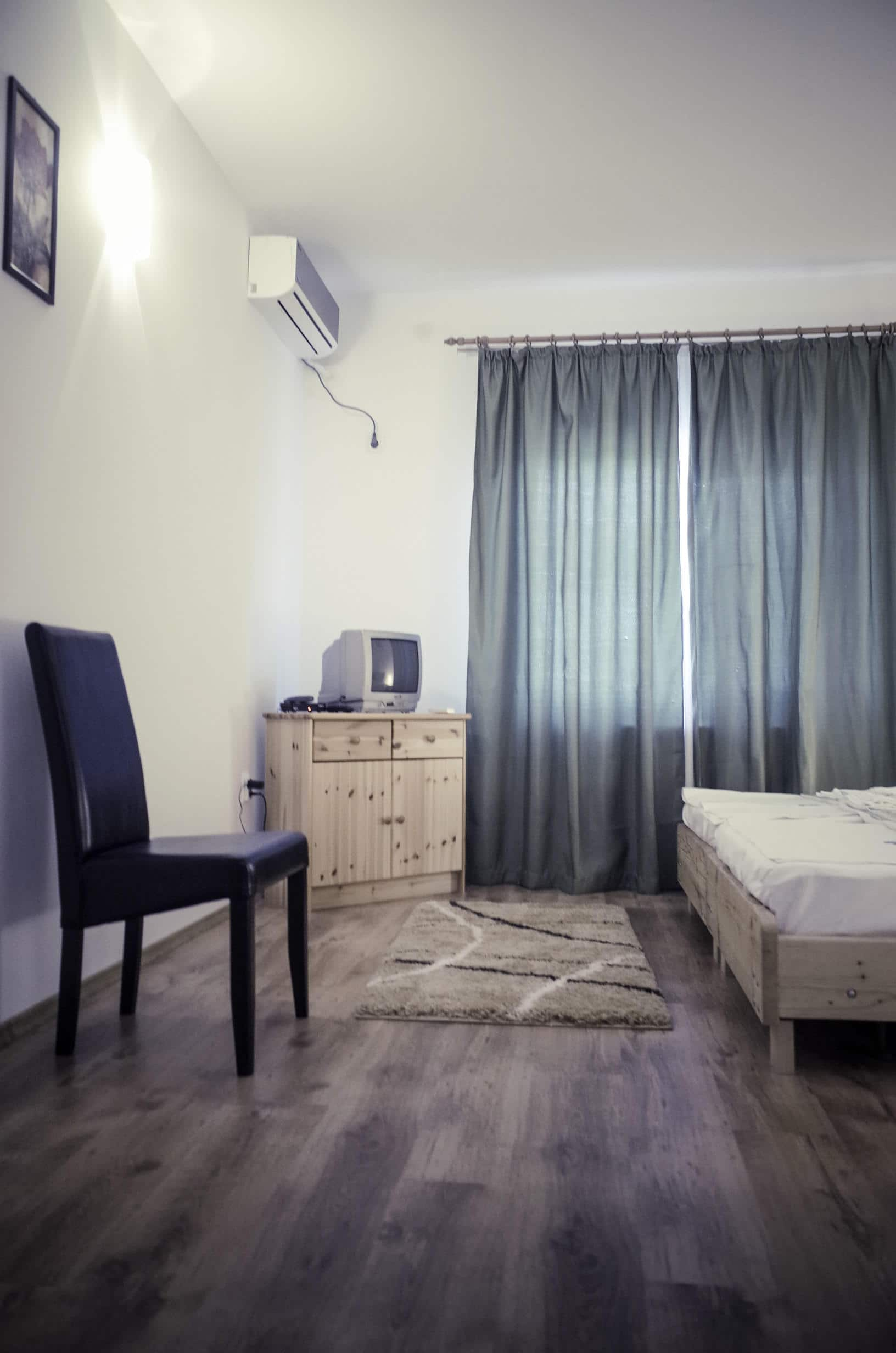 Room no. 1-1