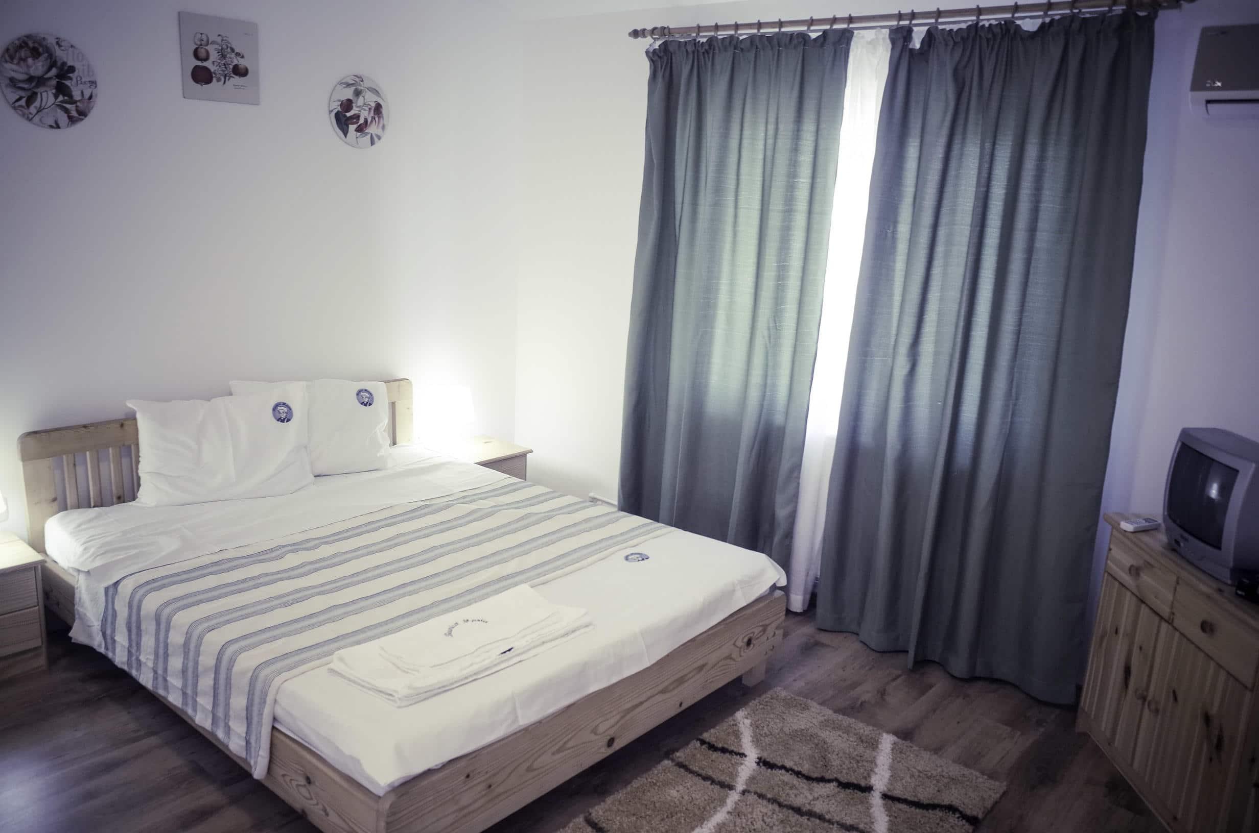 Room no. 3 - 1
